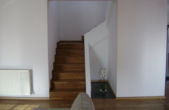 Tănase House|Finished interior - stairs